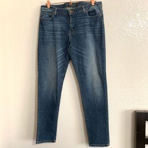 Michael Kors   EUC Light Wash Skinny Jean Size 14